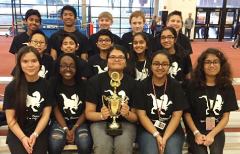 group photo of California Trail Science Olympiad team